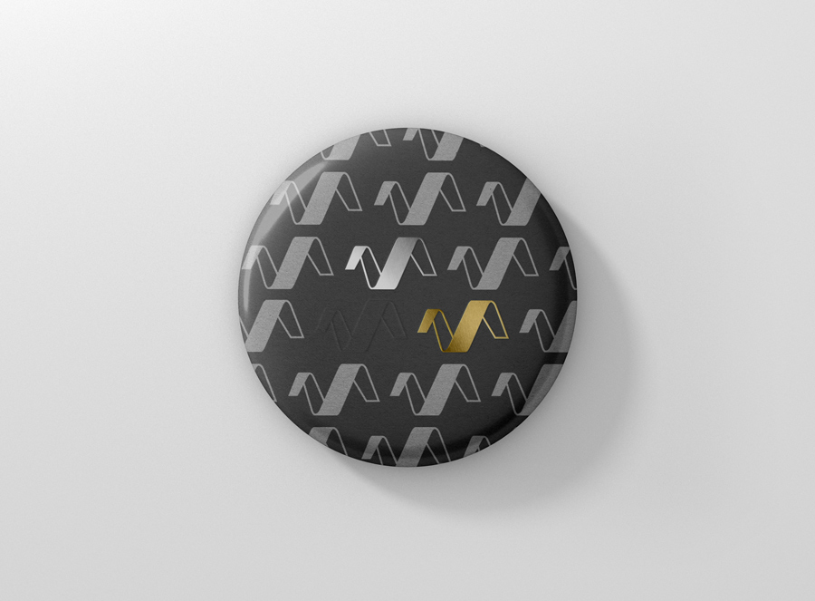 16_badge_button_front_top