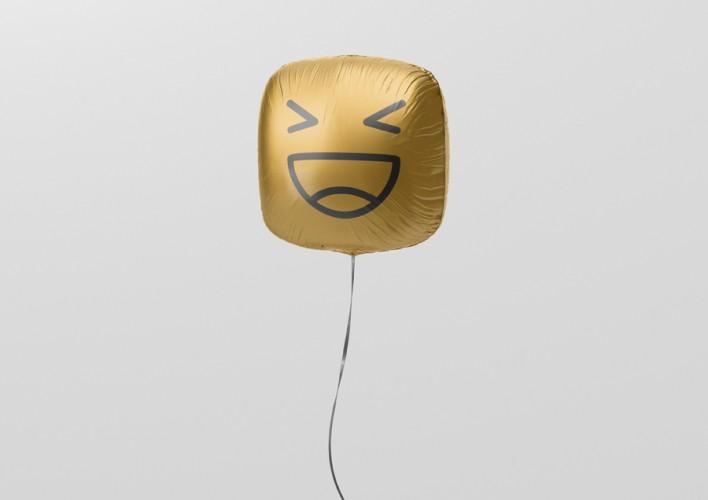 03_square_balloon_mockup_3