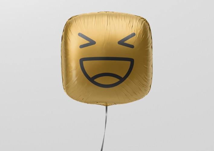 04_square_balloon_mockup_4