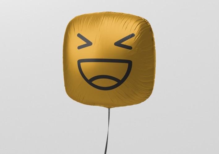 10_square_balloon_mockup_6