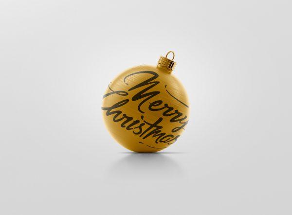 01_christmas_ball_mockup_1