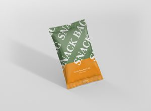 03_snack_foil_bag_mockup_small_side