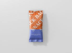 06_snack_foil_bag_mockup_slim_top_2