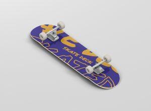 01_skateboard_mockup_01
