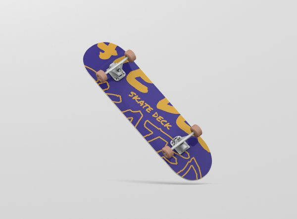 06_skateboard_mockup_06