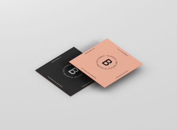 07_square_business_card_mockup_07