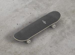 10_skateboard_mockup_05