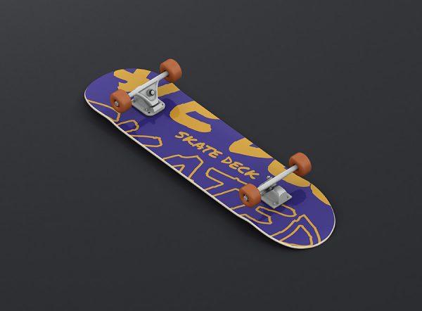 11_skateboard_mockup_01